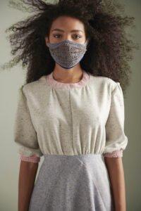 gehäckelte Maske aus Baumwolle und Kupfer Winter 2020 Javier Reyes